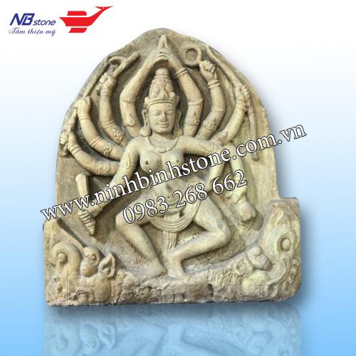 Tượng cô gái múa của Ninh Bình Stone