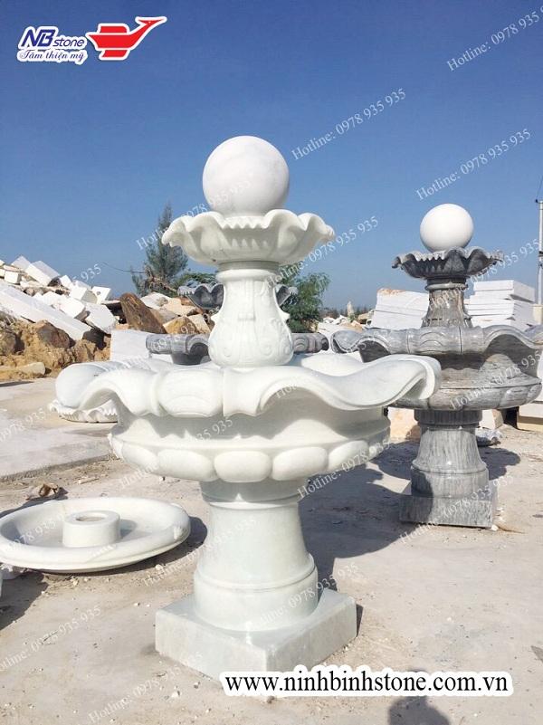 Mẫu tháp phun nước đẹp được làm bằng đá trắng được chạm khắc tinh xảo của Ninh Bình Stone