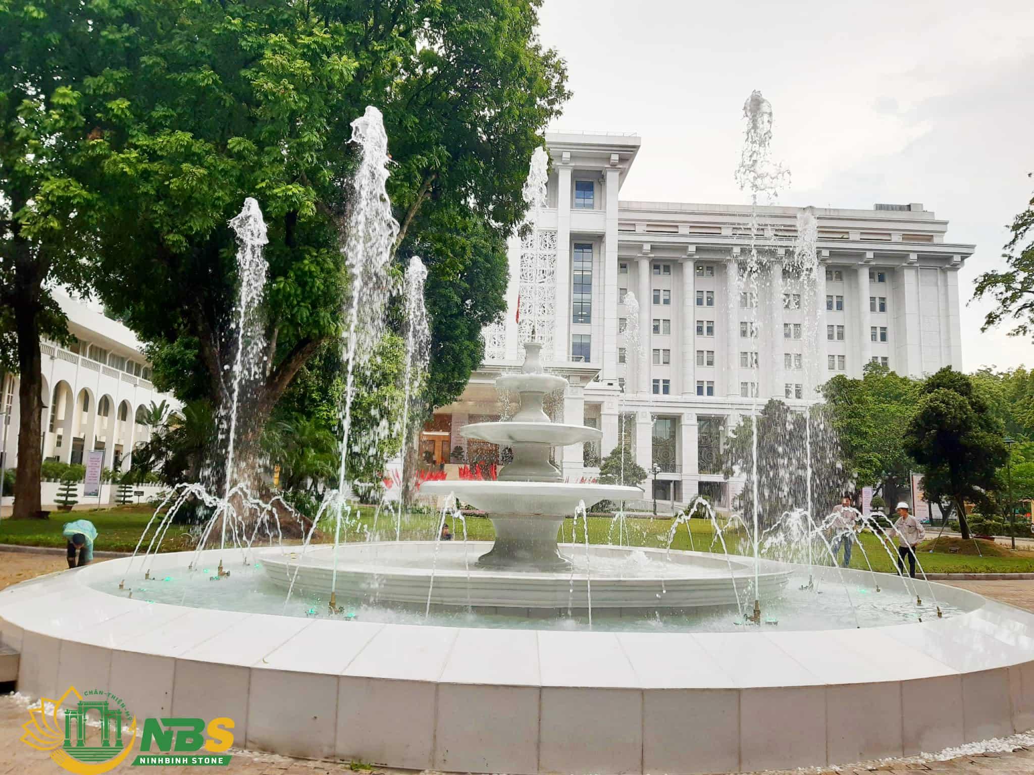Cận cảnh công trình đài phun nước tại văn phòng Chính phủ của Ninh Bình Stone
