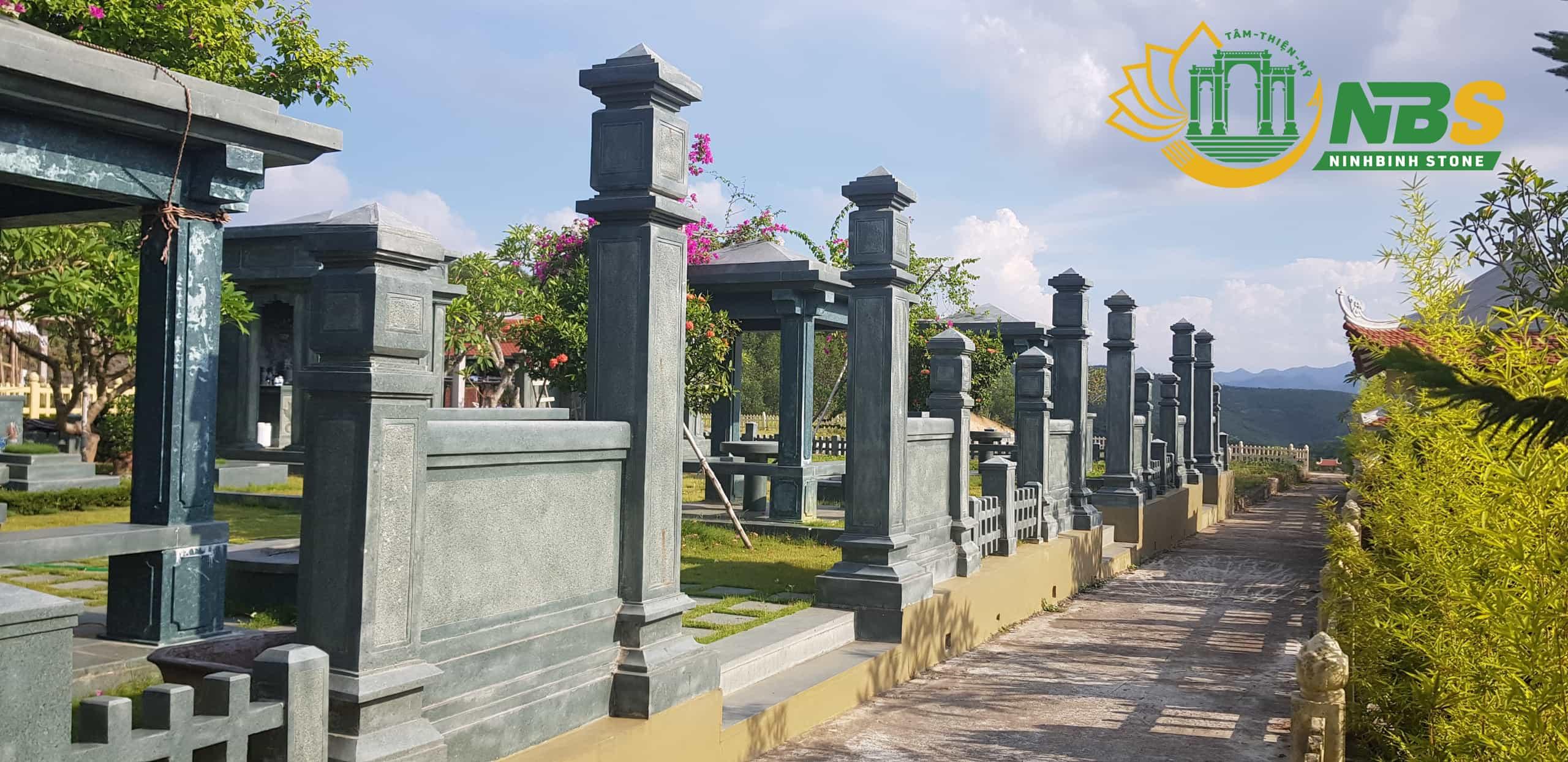 Khu lăng mộ bằng đá đẹp của Ninh Bình Stone
