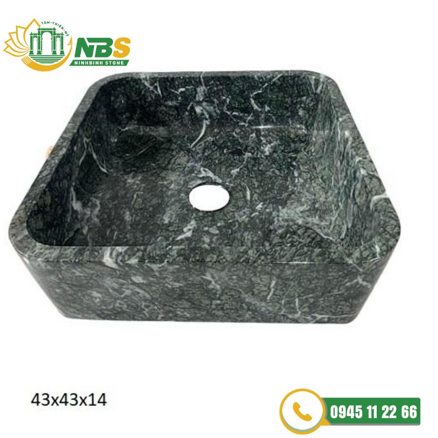 Lavabo đá cảm thạch được thiết kế theo hình vuông