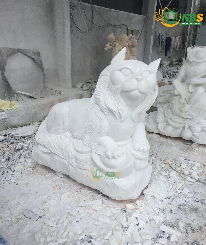 Mẫu tượng Mèo đá chuẩn phong thủy